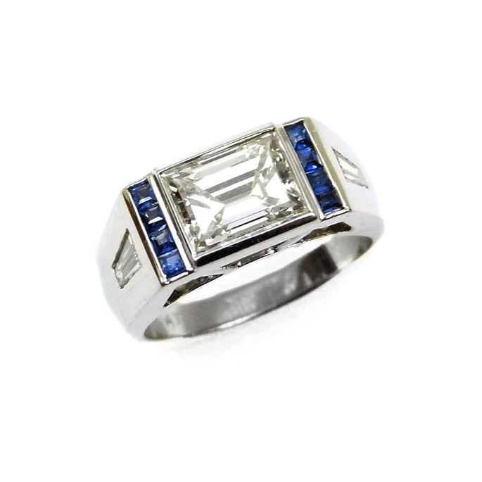 Cartier - Single stone rectangular cut diamond ring | MasterArt