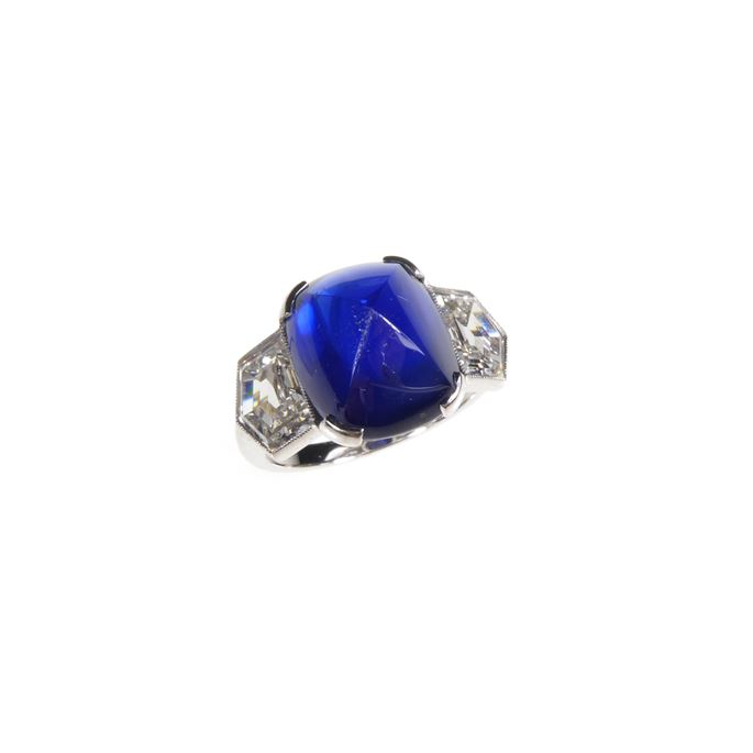 Sugarloaf cabochon sapphire and diamond ring | MasterArt