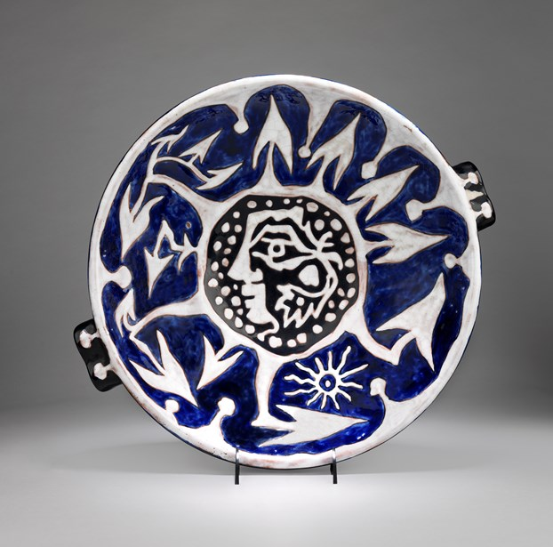 POETRY IN MOTION: Ceramics by Jean Lurçat & Paintings by Georges Bernède.
