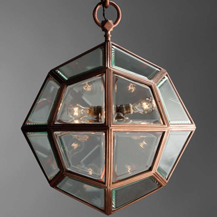 Hanging multi faceted lamp